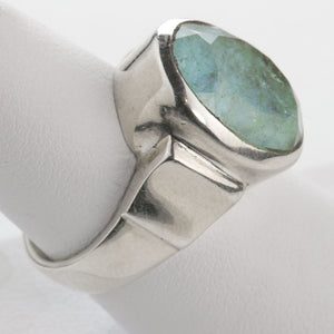 Vintage artisan sterling silver and star cut natural moss aquamarine oval ring. Size 6 1/2. rgvs174cs