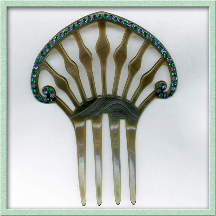 Celluloid & rhinestone hair comb. skbk105