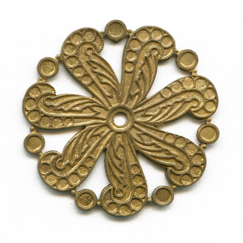 Vintage brass mandala stamping with settings for cabochons. 35mm, Pkg of 1. b9-1029(e)