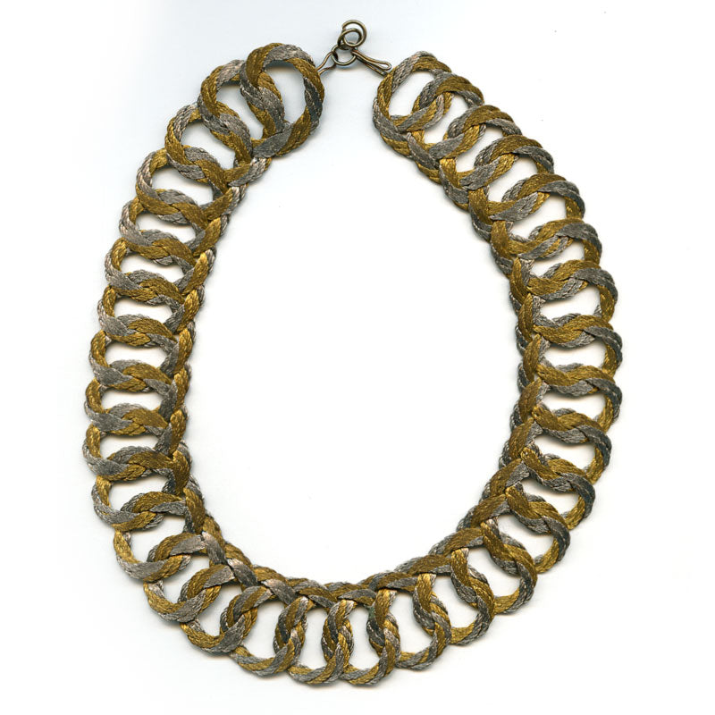 Mid-century gold and silver fiber woven necklace. nlch158e
