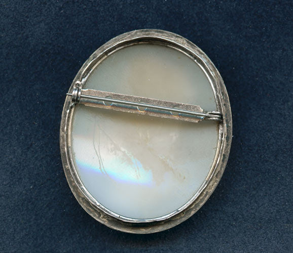 19th century Michaelangelo cameo brooch. pnvc990
