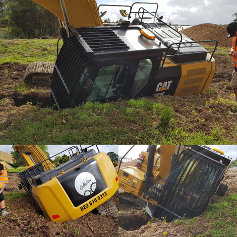 Digger rollover, Fail, Machine Safety, Safety, Excavator, Heavy Machinery