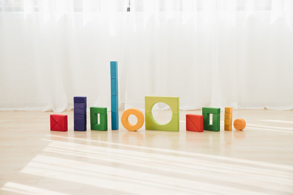 The Best Wooden Blocks and Stages of Block Play