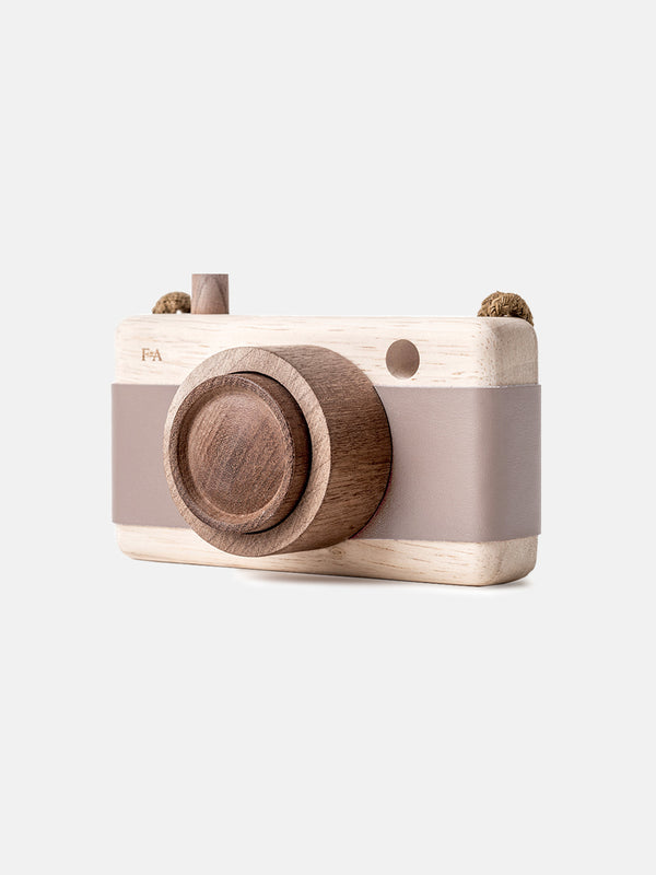 Wooden Camera Cat's Paw Pink