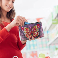 Woman Holding Small Leather Clutch Bag With Wristlet - Diamond Painting