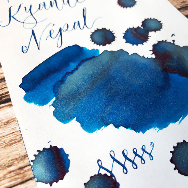 J Herbin Kyanite du Nepal ink swatch close up on Indigo Artisans cartridge paper
