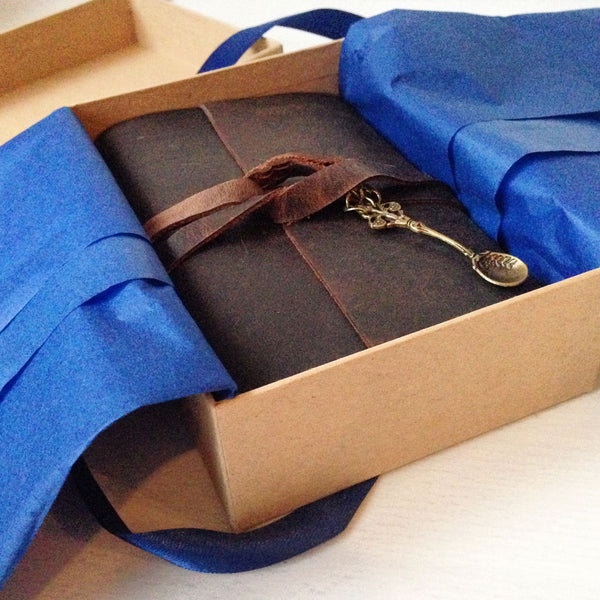 Kraft brown gift box for books