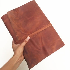 Large leather sketchbook A4 in Tobacco leather