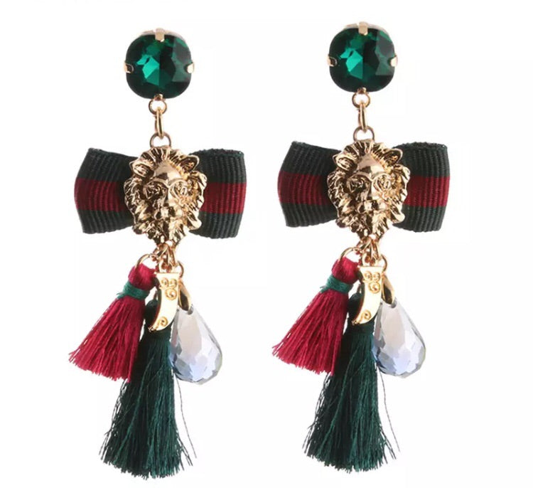 Emerald lion head tassel earrings