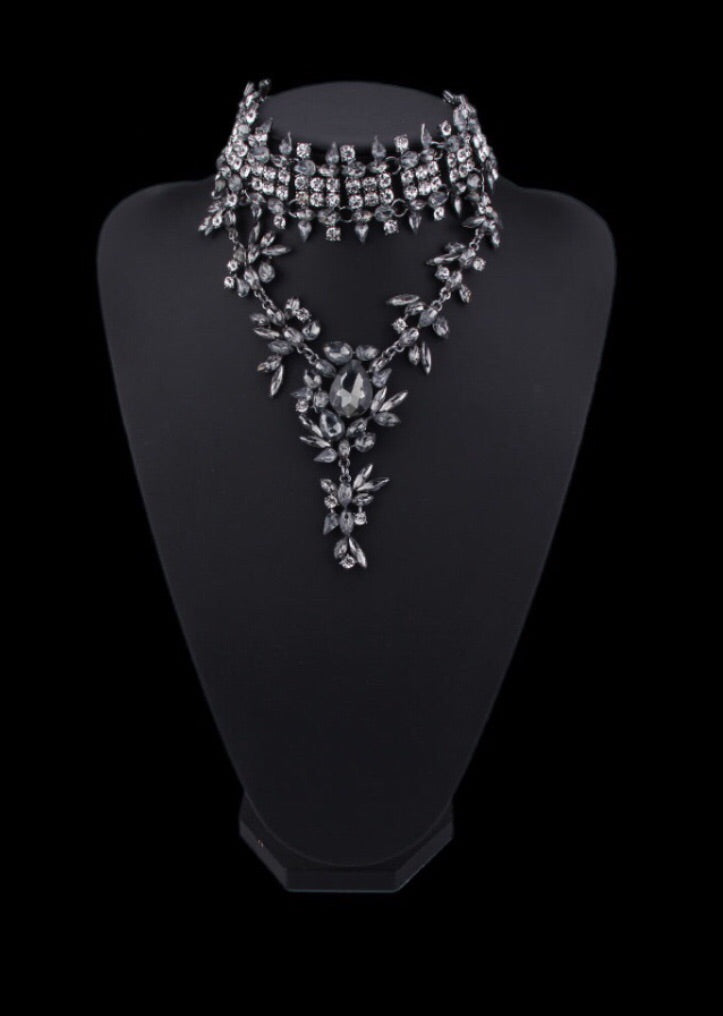 Silver charcoal diamond statement choker
