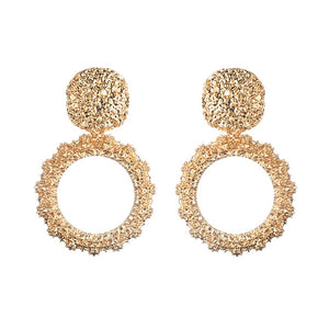 Circle gold hoop earrings