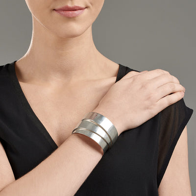 Smeidi Phoenix Cuff | Heidi & Co. | 3 Labels 1 Mission