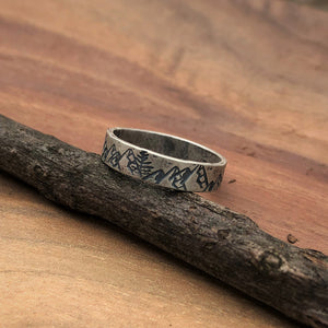 Mountain range stacking ring