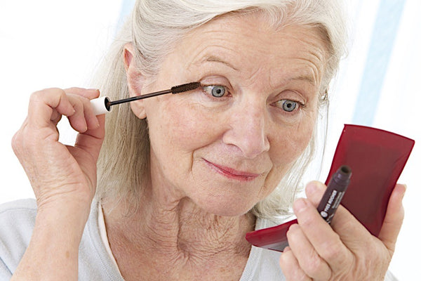 Which Makeup is Best For the Older Women ?