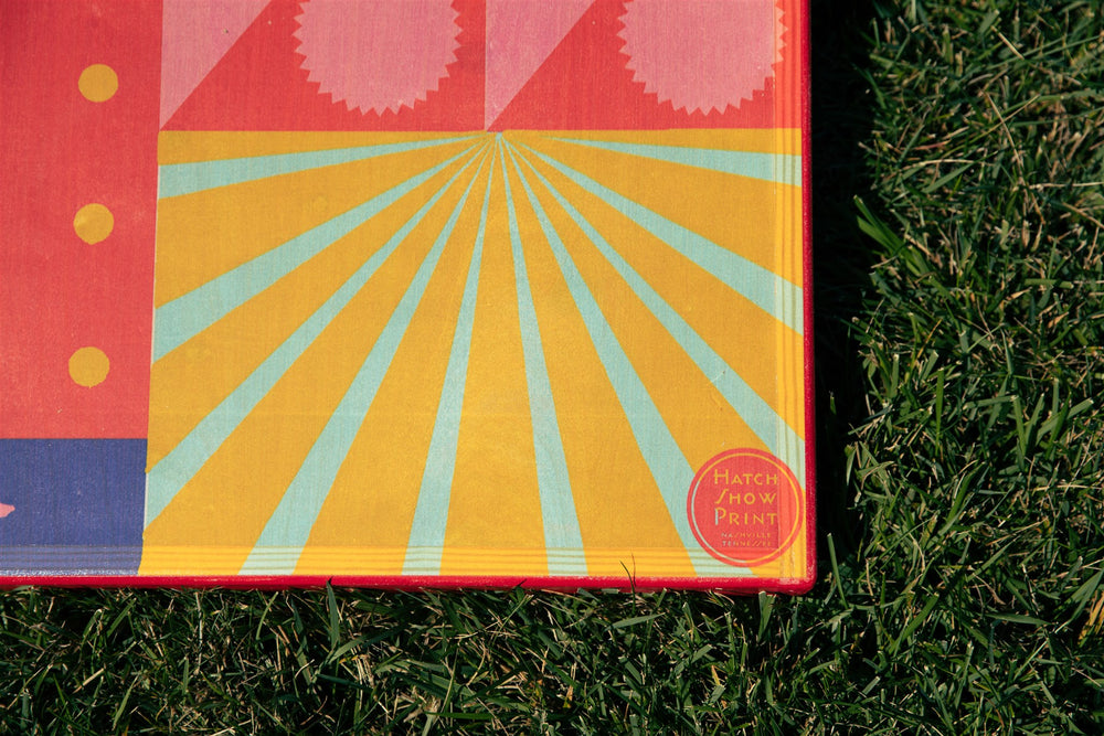 Hatch Sunburst Cornhole Set