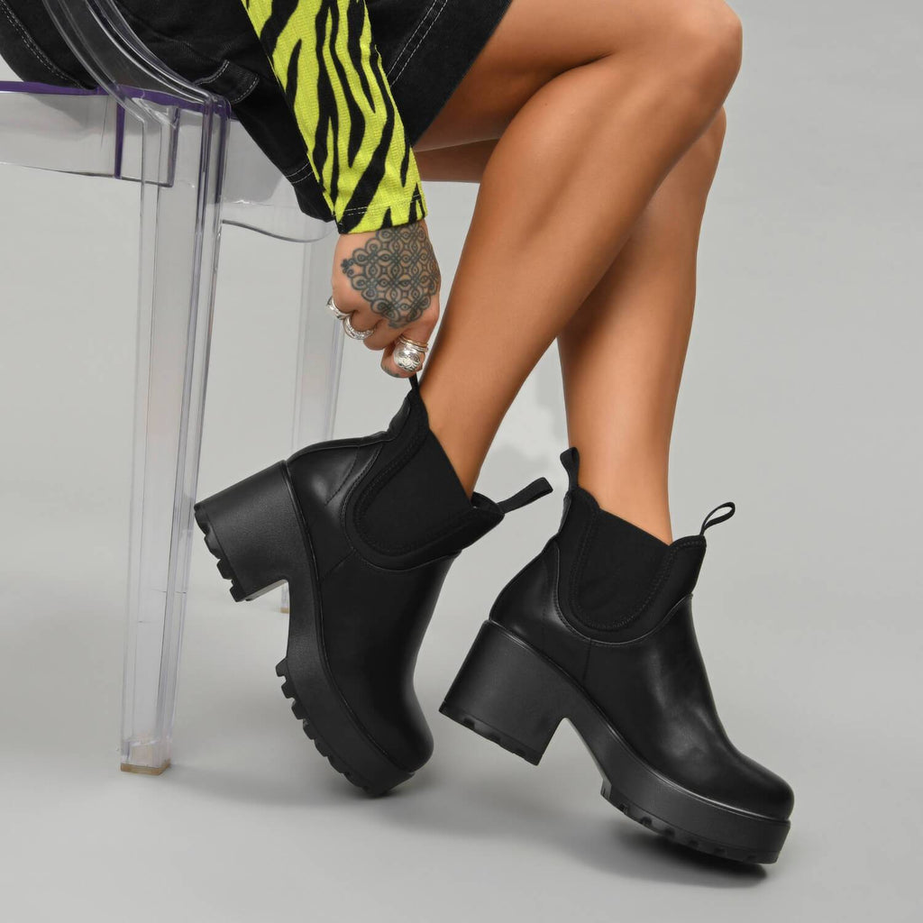 NERO Lycra Panel Chunky Chelsea Boots view 3