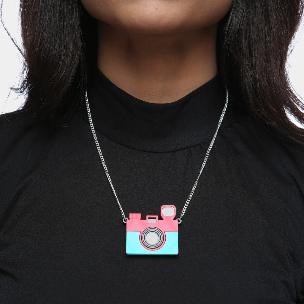 KOI Footwear Smile Your on Camera Necklace