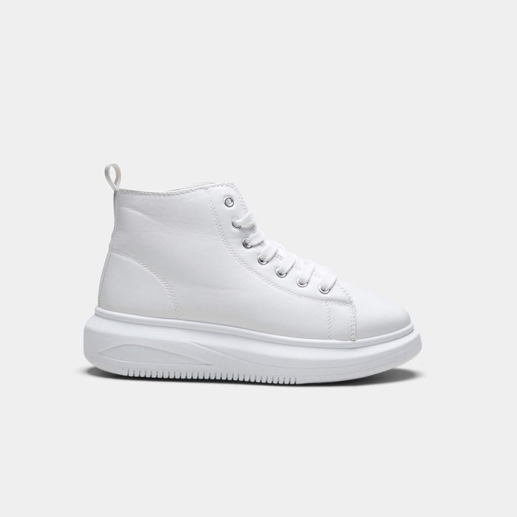 White PRETA High Top Sleek Trainers 1