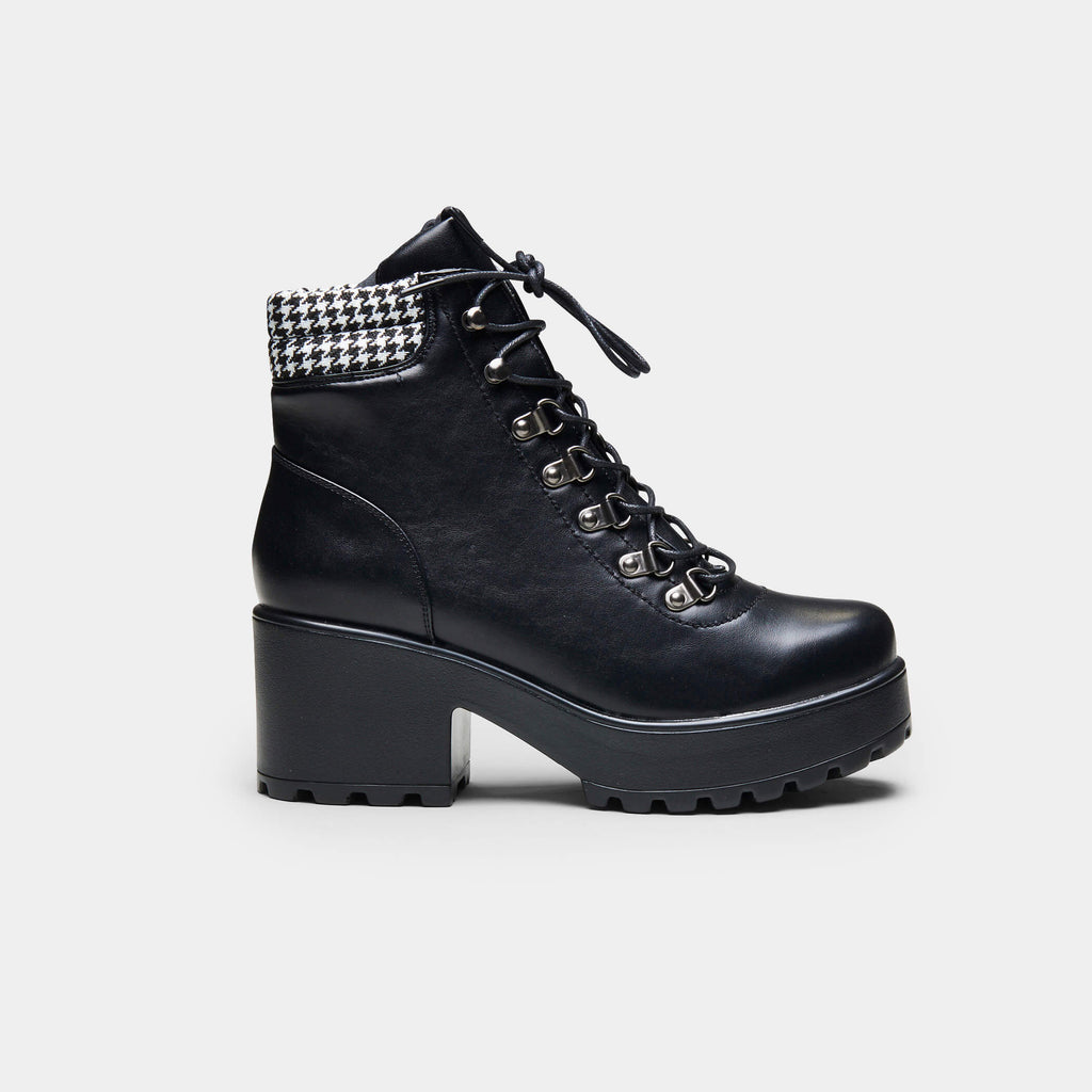 MIKI Dogtooth Boots view 2