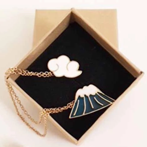 Mt Fuji Enamel Fashion Pin Shown in Gift Box