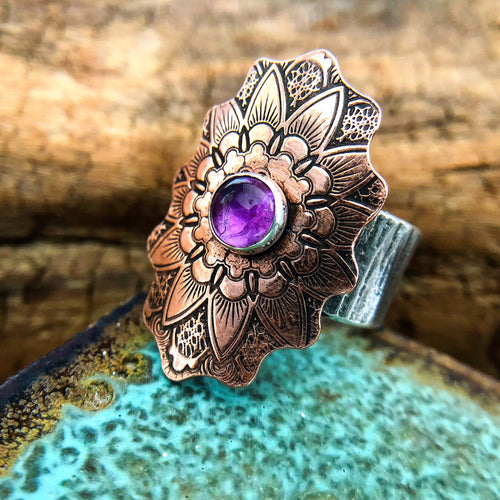 MANDALA RING IN COPPER, SILVER AND AMETHYST