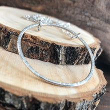 SINGLE SILVER HOOP NECKLACE