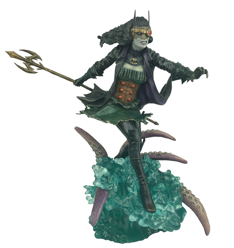 DC GALLERY METAL DROWNED PVC FIGURE - Statue - The Hooded Goblin