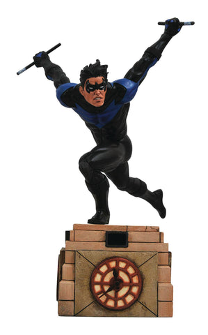 DIAMOND SELECT TOYS DC Gallery Nightwing Comic PVC Figure