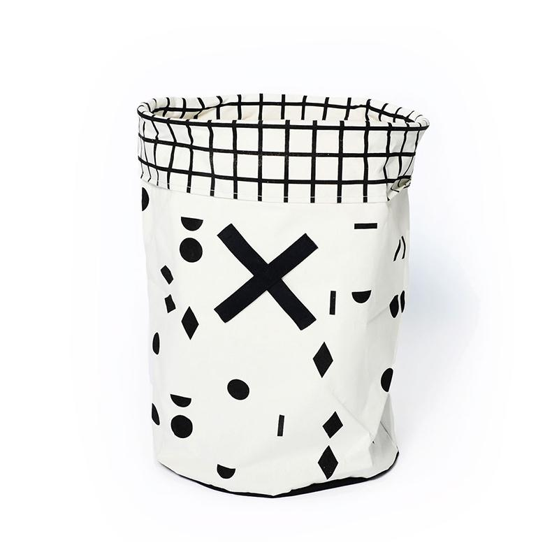OLÉ TOY/LAUNDRY HAMPER - BLACK & WHITE