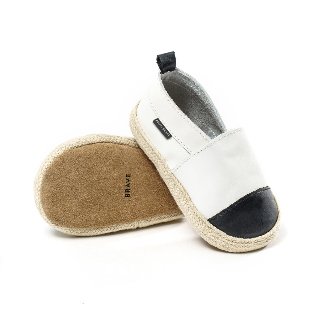 ESPADRILLE - WHITE WITH BLACK TOE
