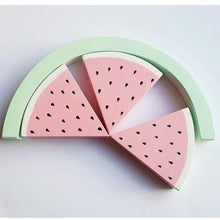WOODEN WATERMELON STACKER