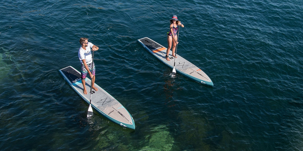 Cours de Yoga Fitness sur Paddle Board en piscine