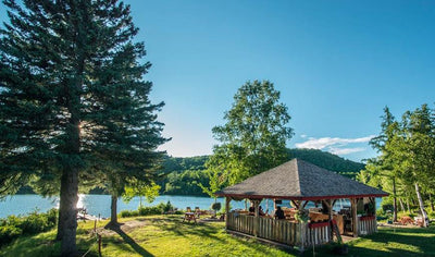 2 nights in suite facing the lake with passport activities by Auberge du Lac Thomas