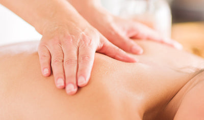 Therapeutic massage package of 60 minutes for 2 people by Club Physique