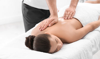 Therapeutic massage package of 30 minutes by Club Physique