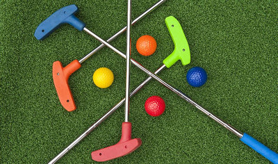 A game of Mini Golf for the whole family by Mini Golf Vanier