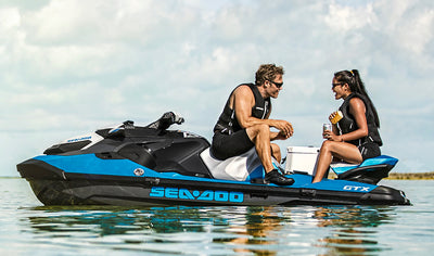 Guided Sea-doo on the St. Lawrence River including dinner for 2 people by Stadacona Aventures