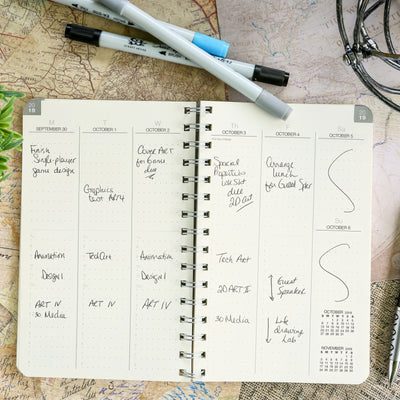 Essential 5x8 Monthly & Weekly 2020 Planner