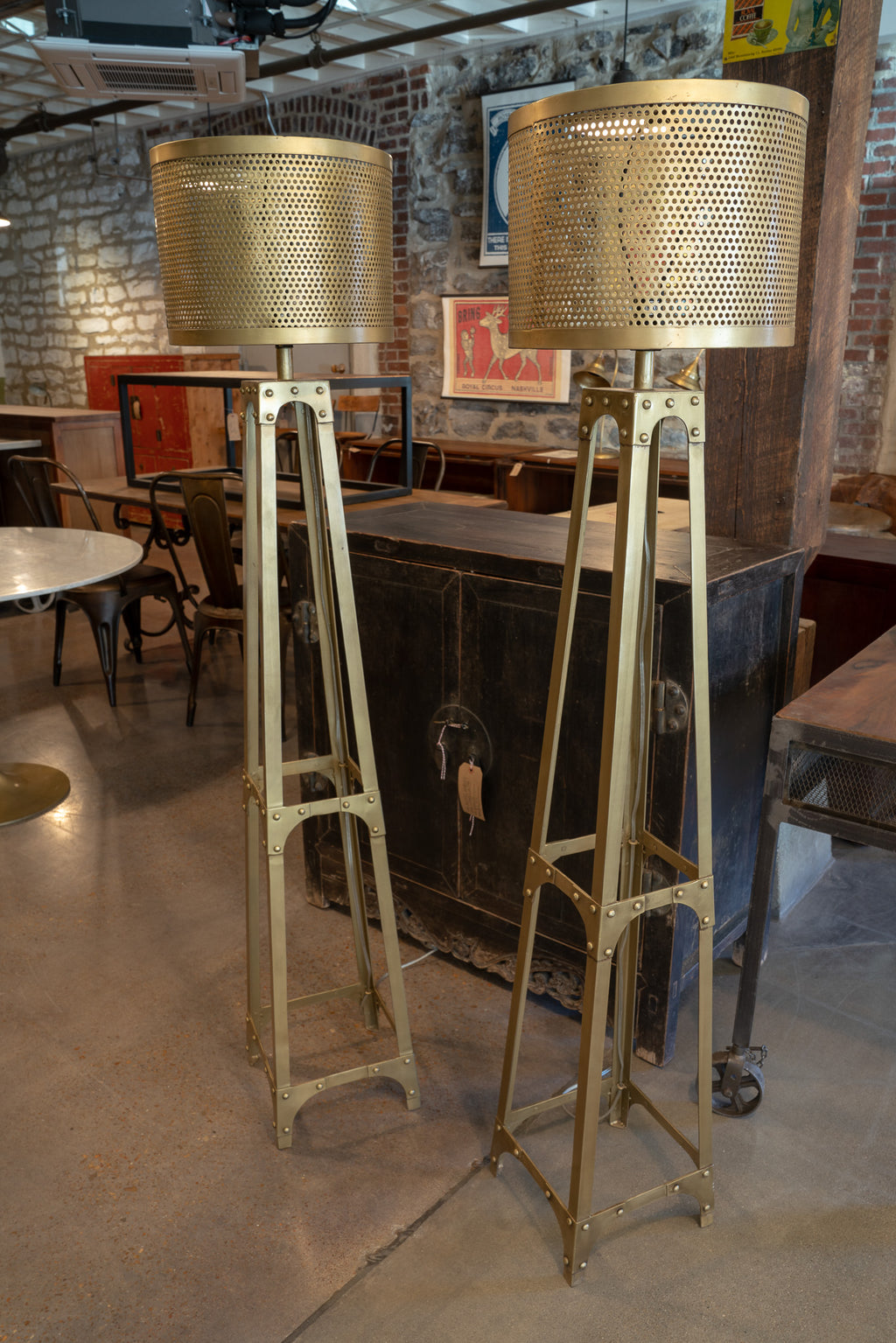 Drum Floor Lamp, Antique Brass - Royal Circus