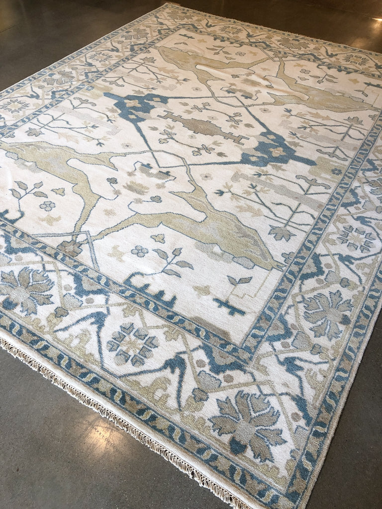 Light Oushak Rug #3_Royal Circus