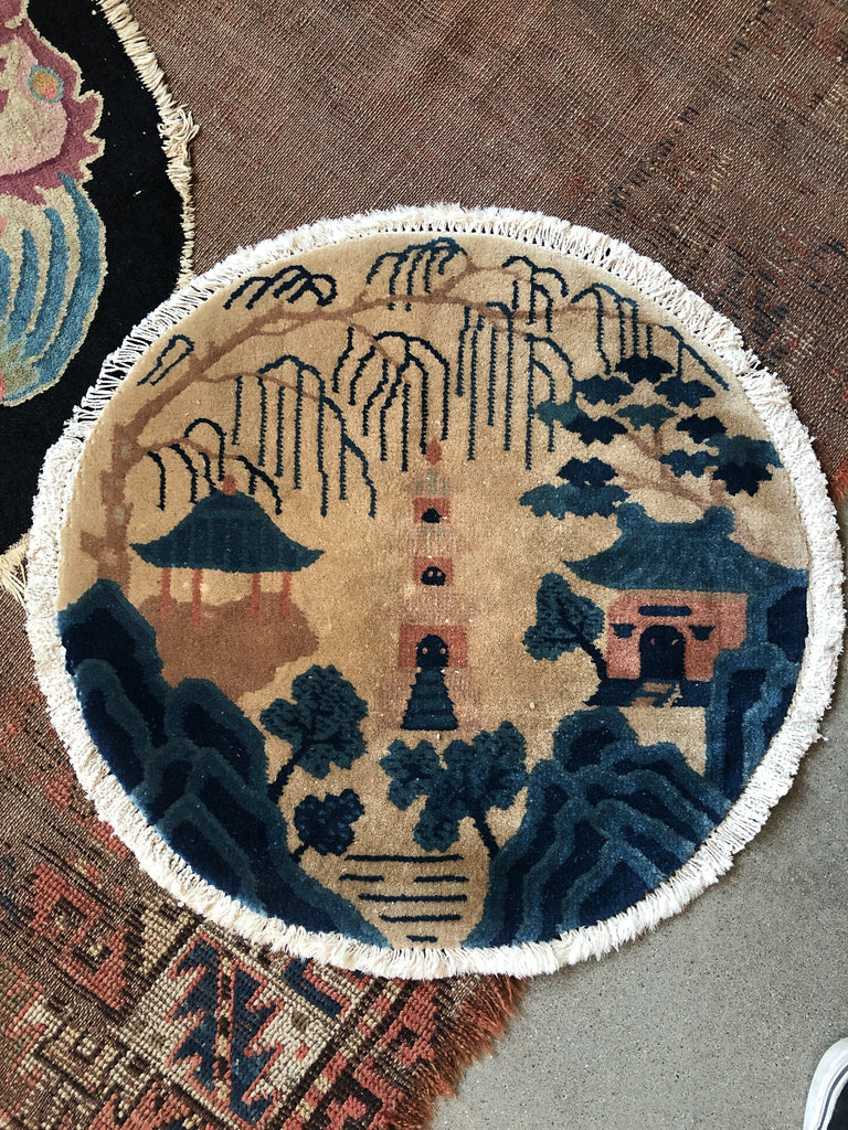 Chinese Deco Circle Rug -Temple_Royal Circus
