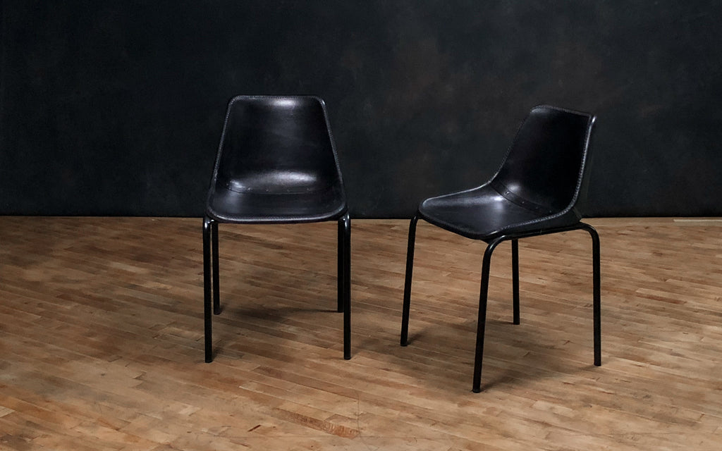 Simple Leather Chair, Black - Royal Circus