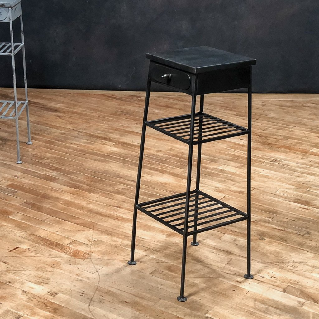 3-Tier Pedestal Table, Gunmetal_Royal Circus