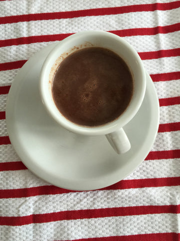enmarie-hot-chocolate-in-the-cup