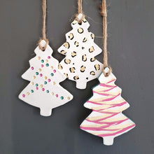 Hanging Christmas tree decorations