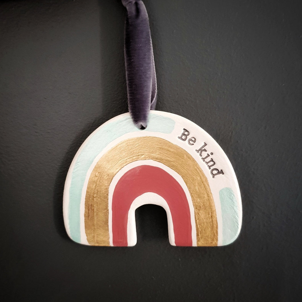 Be kind rainbow wall hanging