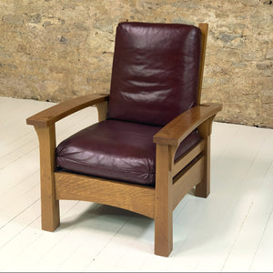 Stickley Furniture Arts & Crafts Mission School Morris Gus Bow Arm Oak Armchair