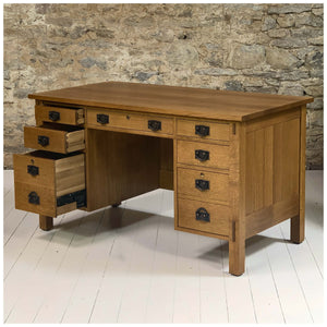 Stickley Furniture Arts & Crafts Mission School Oak Desk  2006