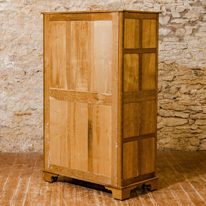 Acornman (Ex-Mouseman) Arts & Crafts Yorkshire School English Oak Wardrobe