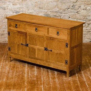 Alan Acornman Grainger, Ex-Mouseman Arts & Crafts Yorkshire School Oak Sideboard